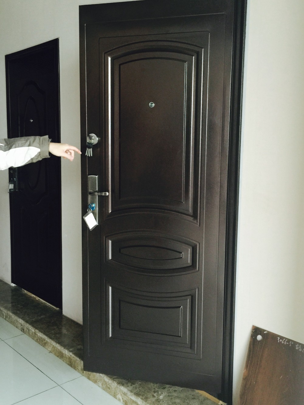 Cheap china door ghana exterior door ghana entry steel for Door design nigeria