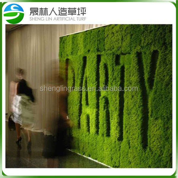 Easy install artificial grass wall for beautiful for Artificial grass decoration crafts
