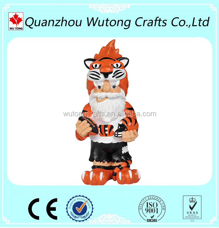 Football League Team Mascot Figurine for Gnome Style Outdoor Decoration