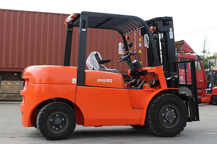 Forklift Operator Baker Forklift Parts 5T Heavy Duty Forklift Use