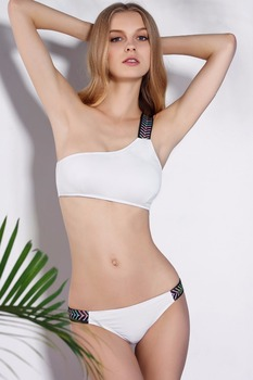 Latest bikini photos 11
