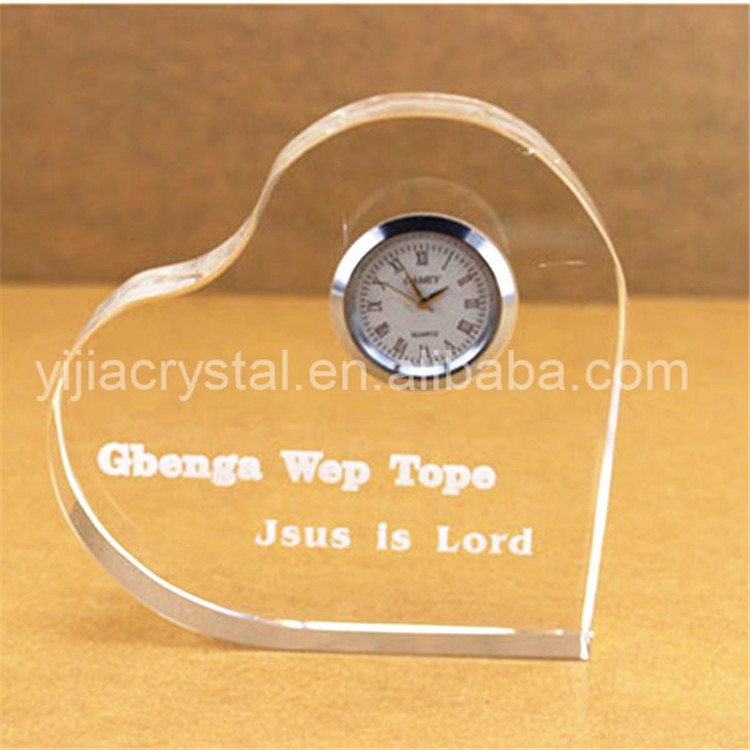 Personalized Custom Cheap Crystal Gifts Heart Shape Clock for Souvenir