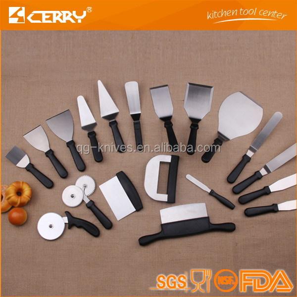 Kitchen Tool Spatular With Plastic Handle Fish Shovel