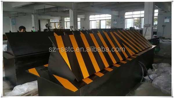 High Performance Wholesale Highway Factory offer hydraulic road blocker