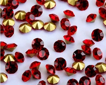 High Quality Garment NAIL Decorative Red Crystal Diamond Stones