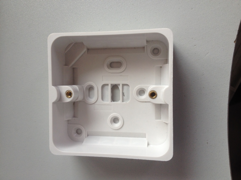 how to cut switch hole in junction box