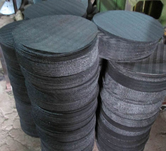 Black Iron Wire Cloth Supplied in Cut Filter Discs