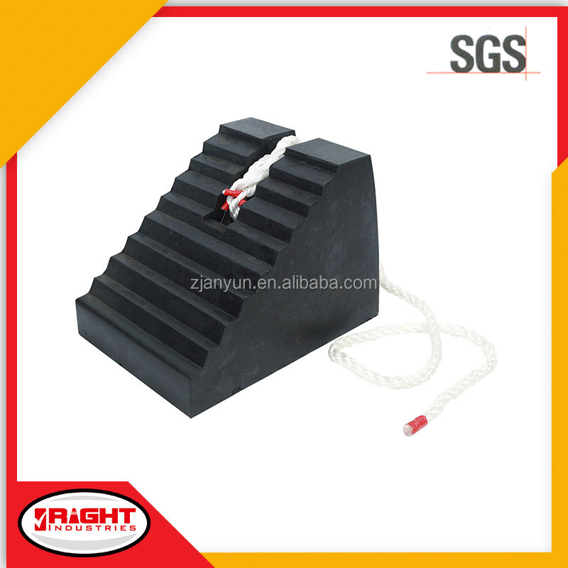 9085 Easy Carrying 5.8kgs Black Rubber Truck Wheel Chock