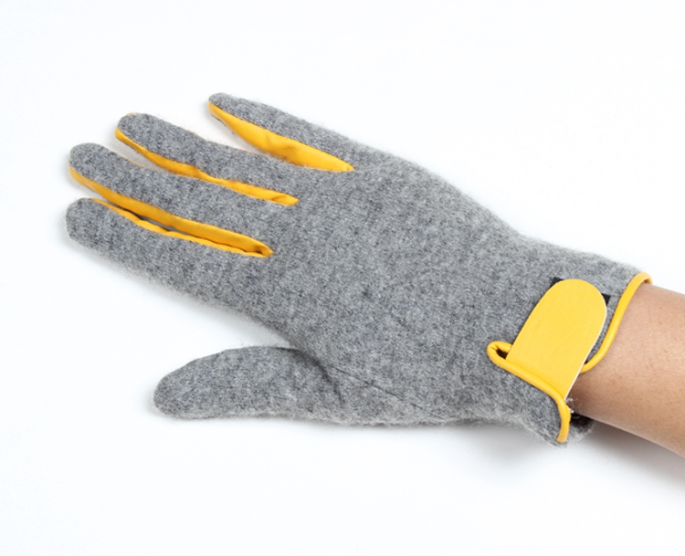 Popular stylish gray cars driving gloves winter ladies touch screen gloves with anti-slip point