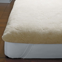 Hotel and Home Imperial Wool Mattress Pad