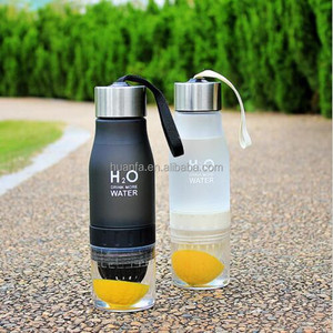 Hot Selling 650ml Water Bottle plastic Infuser Drink Outdoor Sports Juice Bottle Portable Water Cup