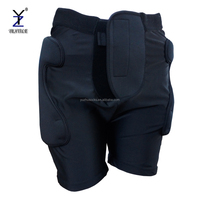 Mens sports protective polyester snowboard padded shorts