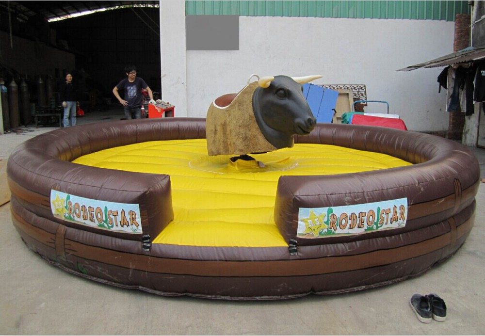 Interesting Design Outdoor Indoor Inflatable Bull Fight Games For Adults