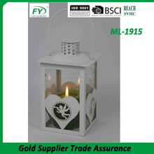 Table and wedding decoration metal candle lantern with glass panels and heart design ML-1915