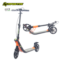 Two footed kick scooter with disc brake