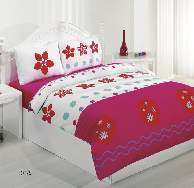 Cretonne Bed Set