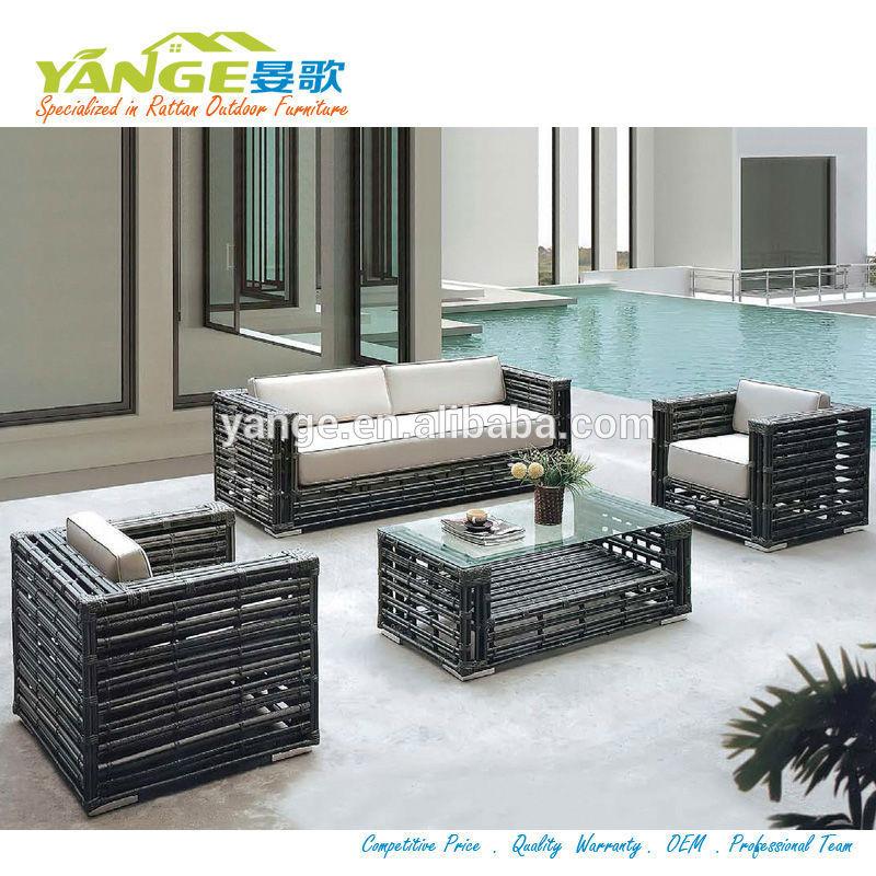 Sof do rattan m veis para ambientes externos sof do for Sofa exterior jardim