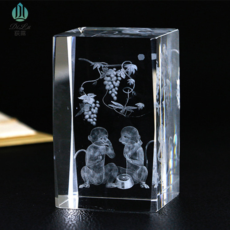 Crystal glass cube ornament Dream custom custom pattern 3d laser engraving transparent home decoration