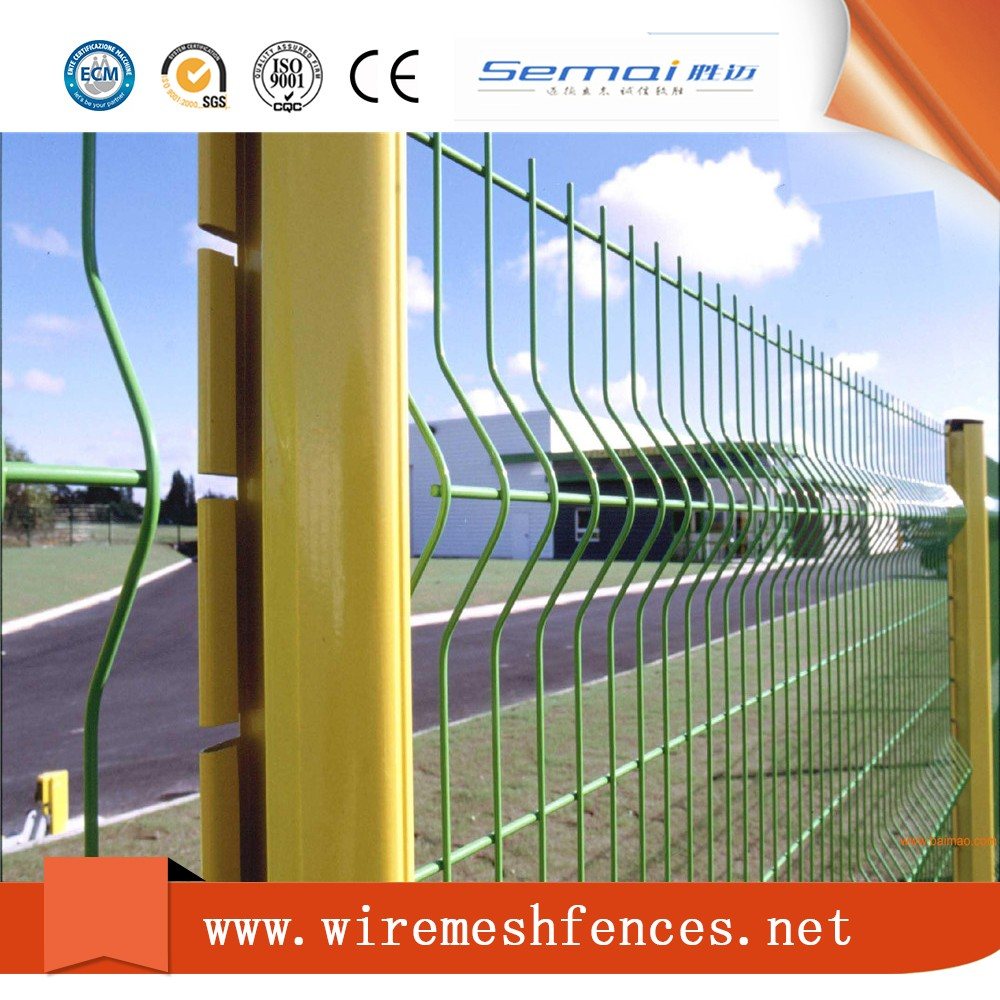 Black Welded Wire Fence Mesh Panel/ Outdoor Retractable Cyclone Pvc ...