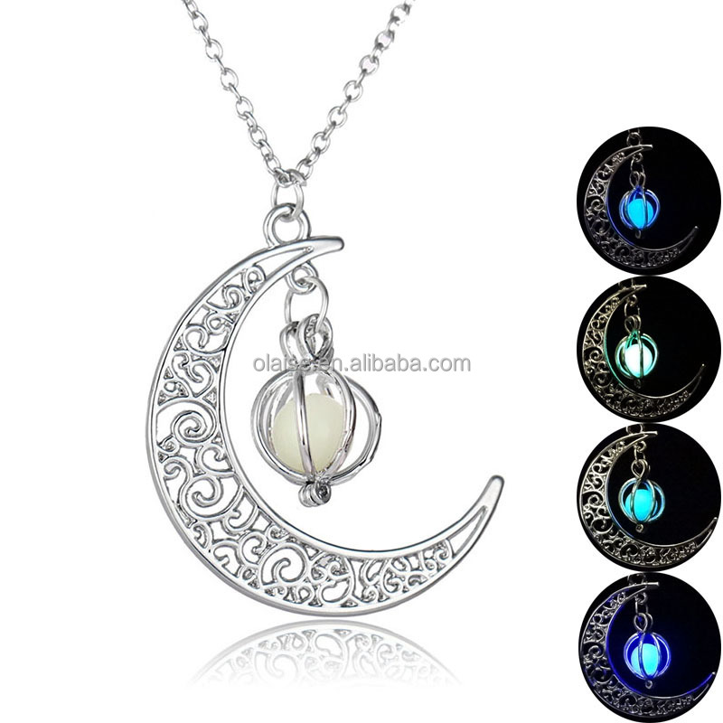 2017 Glowing necklace New style moon start pendant necklace,luminous necklace