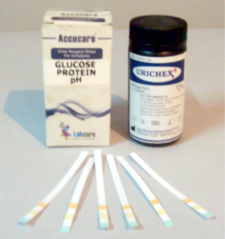Glucose and protein urine reagent test strip