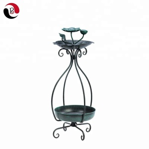 2019 New Design Metal Plant Stand with Bird Feeder for Garden Decoration