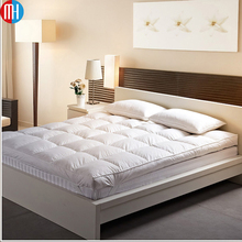 Best Goose or duck feathers filled Natural latex mattress topper