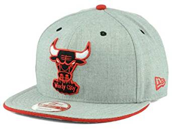 9657301a603 Get Quotations · New Era Heather Grey Red Chicago Bulls 9FIFTY Snapback Cap