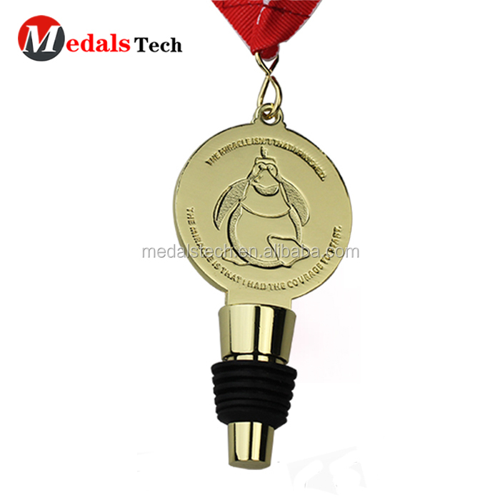 Cheap custom popular 3D key shape wine stopper metal medals with animal logo