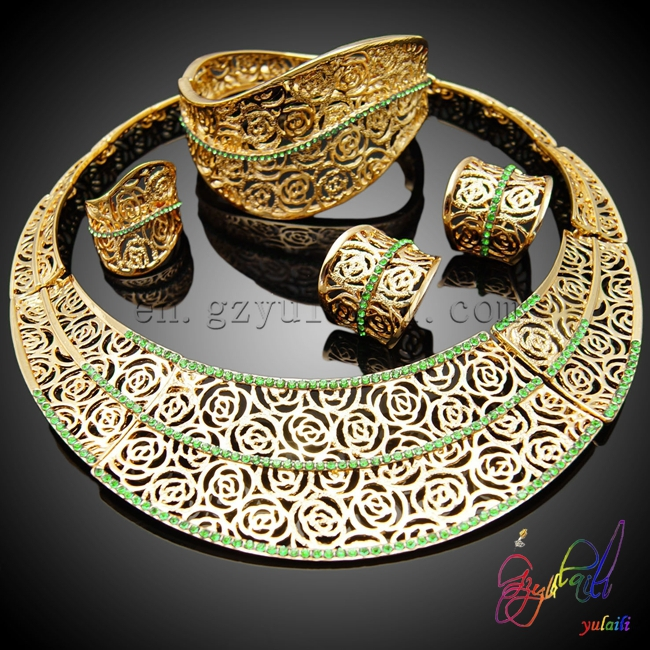 Baltil Hijau Patung Perhiasan Set Lingkaran Perhiasan