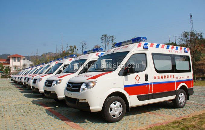 2016 China top number one brand model Dongfeng LHD Ambulance - widely welcomed by customers