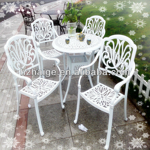 garden dining table and chair set