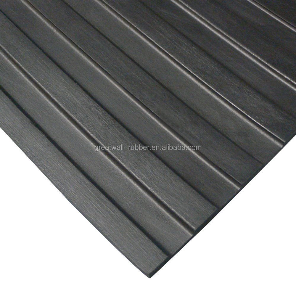 Anti-slip Waterproof Safe and Environment SBR Material Wide Ribbed Rubber Flooring Mat