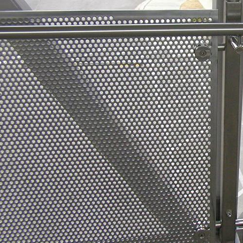 decorazione facciata lamiera forata recinzione metallica