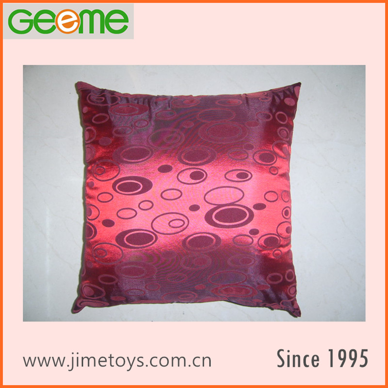 JM184 Vacuum Packed Taffeta Pillow with Flocking