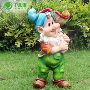 resin garden gnome bird water seed feeder