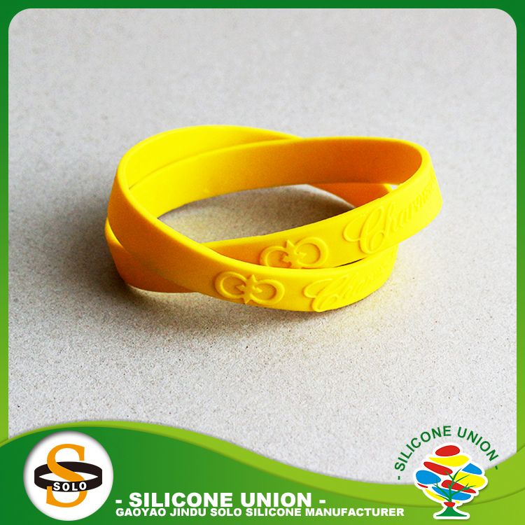 China guangdong popular basketball silicone bracelets