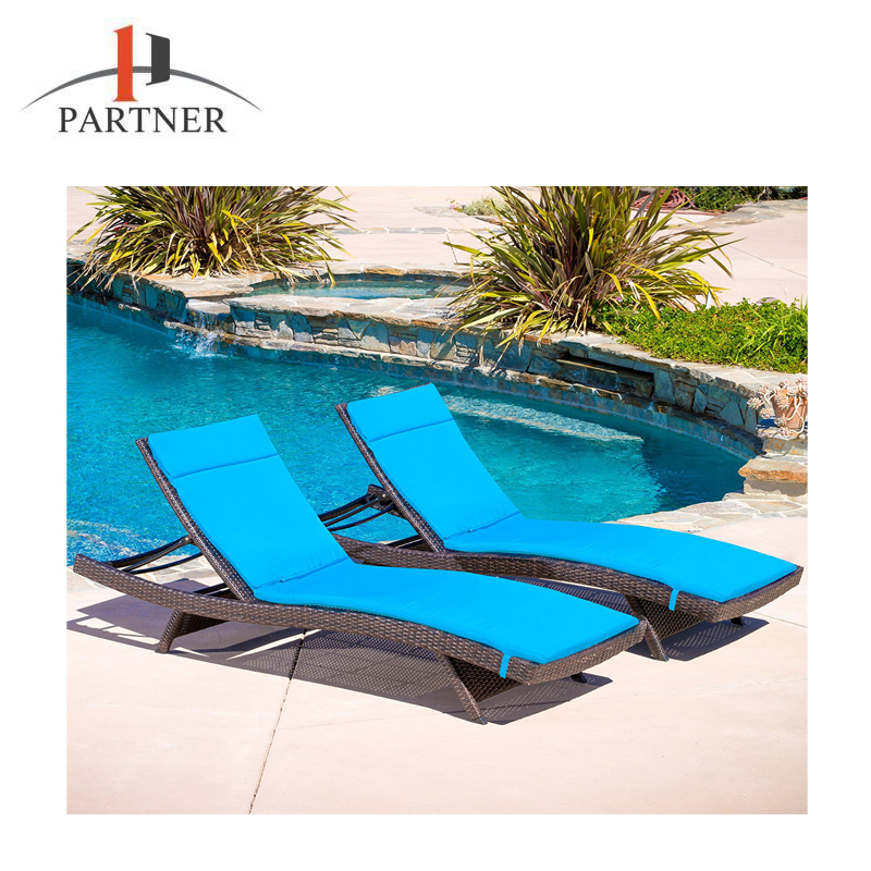 High Quality Outdoor Portable Beach Sun Lounger Bed With Canopy For Sale