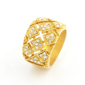 OUMI Best Selling 18K Gold Plated Latest Gold Finger Ring Designs Stainless Steel Finger Ring With Diamond For Men