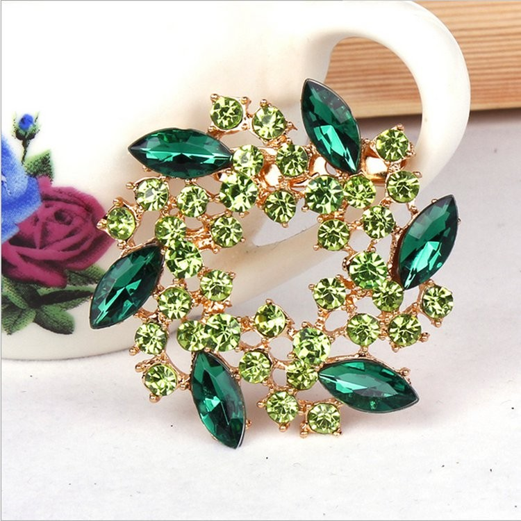 2019 custom new products bauhinia flower shape brooch/broches crystal wedding jewelry