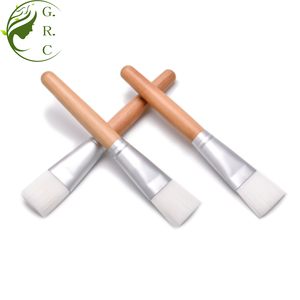 Custom logo wood handle face facial mask makeup brush for beauty tools cosmetic mask brush