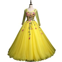 Prachtige Prinses Lange Mouwen <span class=keywords><strong>Avond</strong></span> Party Dress voor Vrouwen Bright Yellow Tulle Baljurk Quinceanera Dress