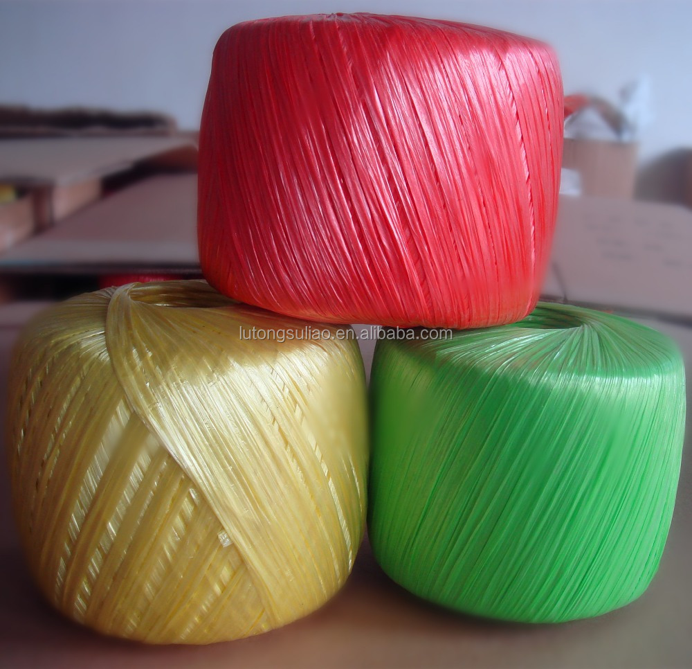 Colored plastic String, plastic straw rope in ball