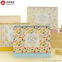 China Cheap Colorful Table Calendar Printing Service
