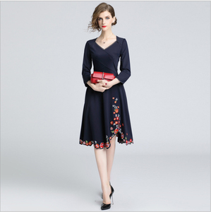 2018 European autumn clothing women's new style slim embroidered dress