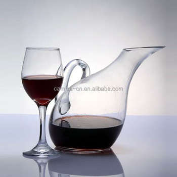 Swan Shape Wine Gl Decanter With Handle