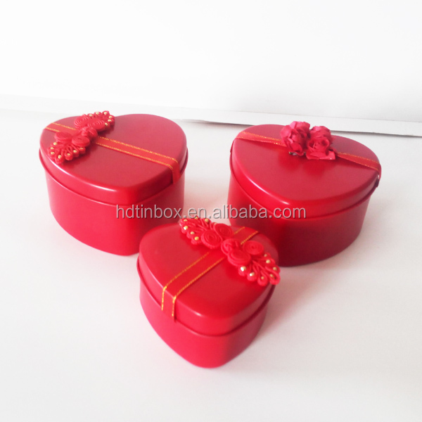 Hot sale factory production wedding gift candy heart tin box
