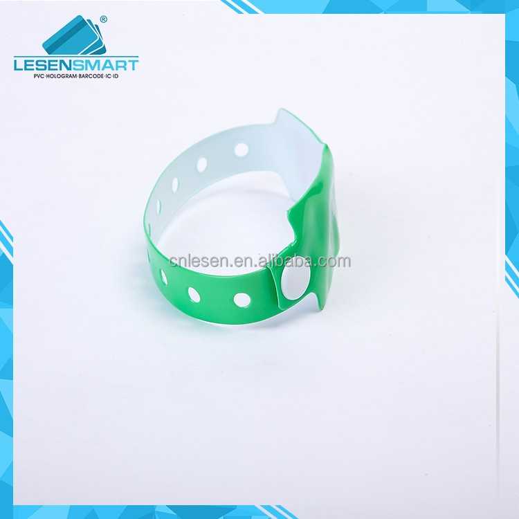One Time Use RFID Wristband Soft PVC Disposable RFID Wristbands