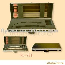 2012 new desgn USA style aluminum arrow case with sponge inside and stronge handle