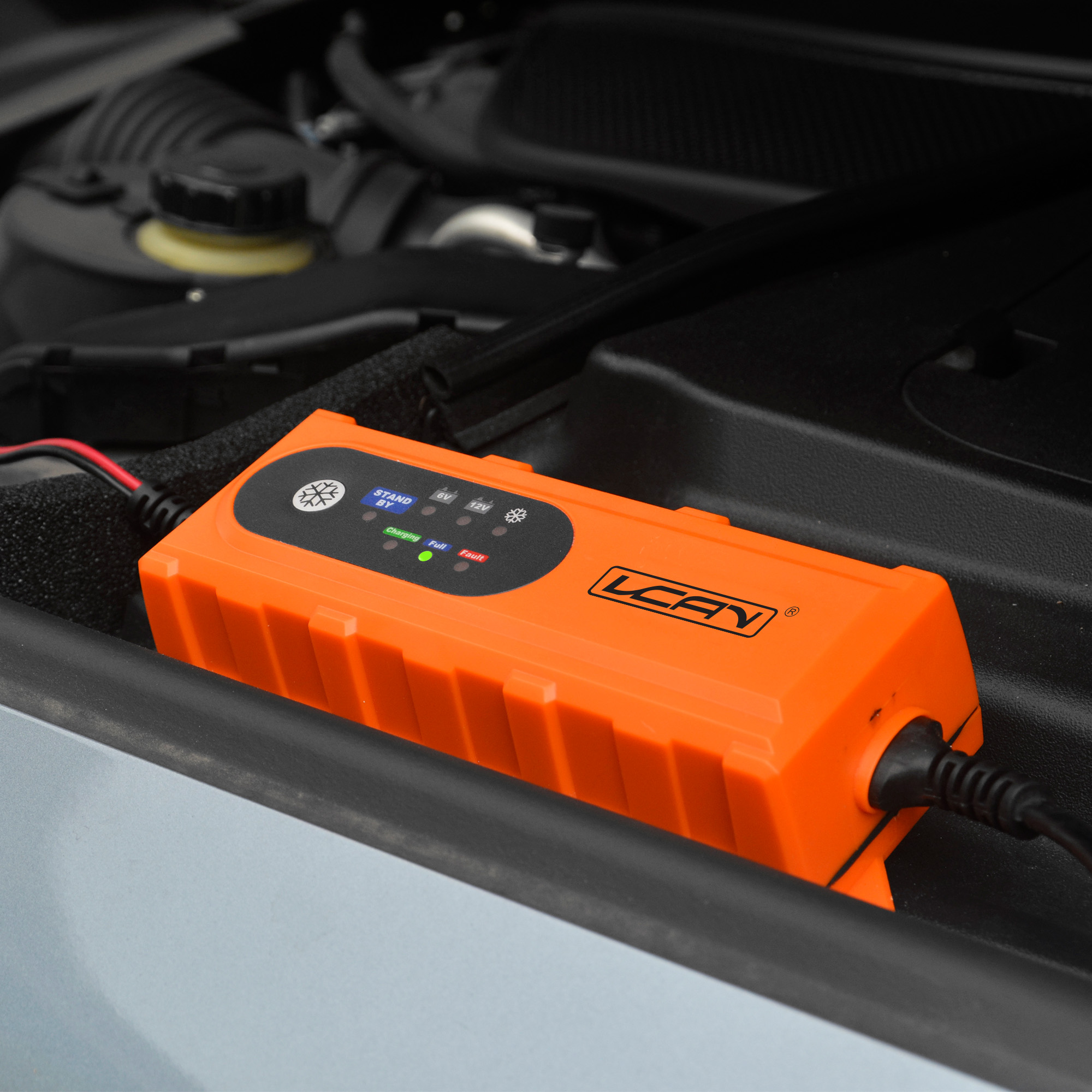 Multi-protection automatic portable auto battery charger 12 volt